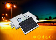 चीन No Wiring Solar Street Light Charge Controller 115LM / W 6-7 Hrs Charge Time फैक्टरी